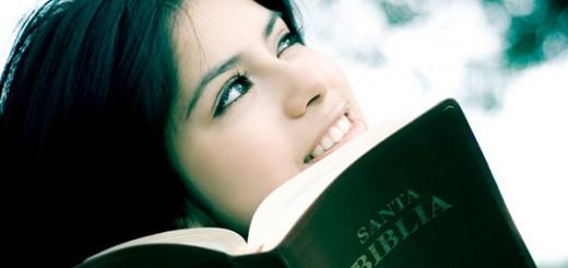 mujer-biblia